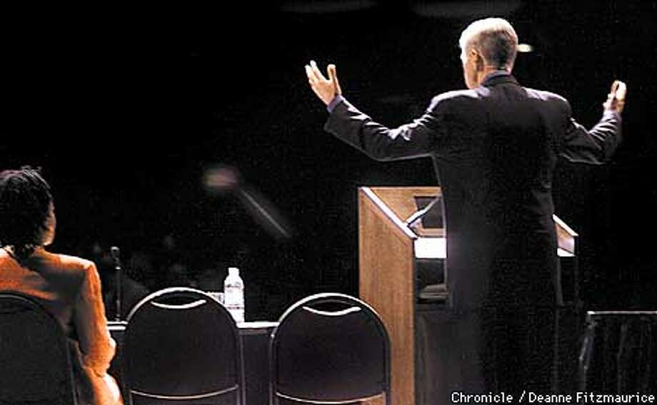 California Governor Gray Davis speaks to a crowd at New California Media Expo at Masonic Auditorium in San Francisco.  CHRONICLE PHOTO BY DEANNE FITZMAURICE Photo: DEANNE FITZMAURICE