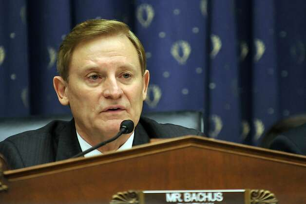 Representative Spencer Bachus, a Republican from Alabama, chairs a House Financial Services Commitee hearing in Washington, D.C., U.S., on Tuesday, Dec. 6, 2011. The committee discussed legislation prohibiting commodities and securities trading based on nonpublic information relating to Congress. Photo: Jay Mallin, Bloomberg