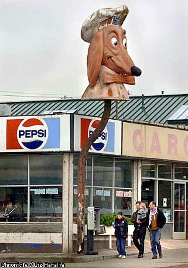 The San Francisco Board of Supervisors has the chance to confer historical status Tuesday on the Doggie Diner head. Photo by Liz Hafalia ALSO RAN: 2/01/2000 Photo: LIZ HAFALIA
