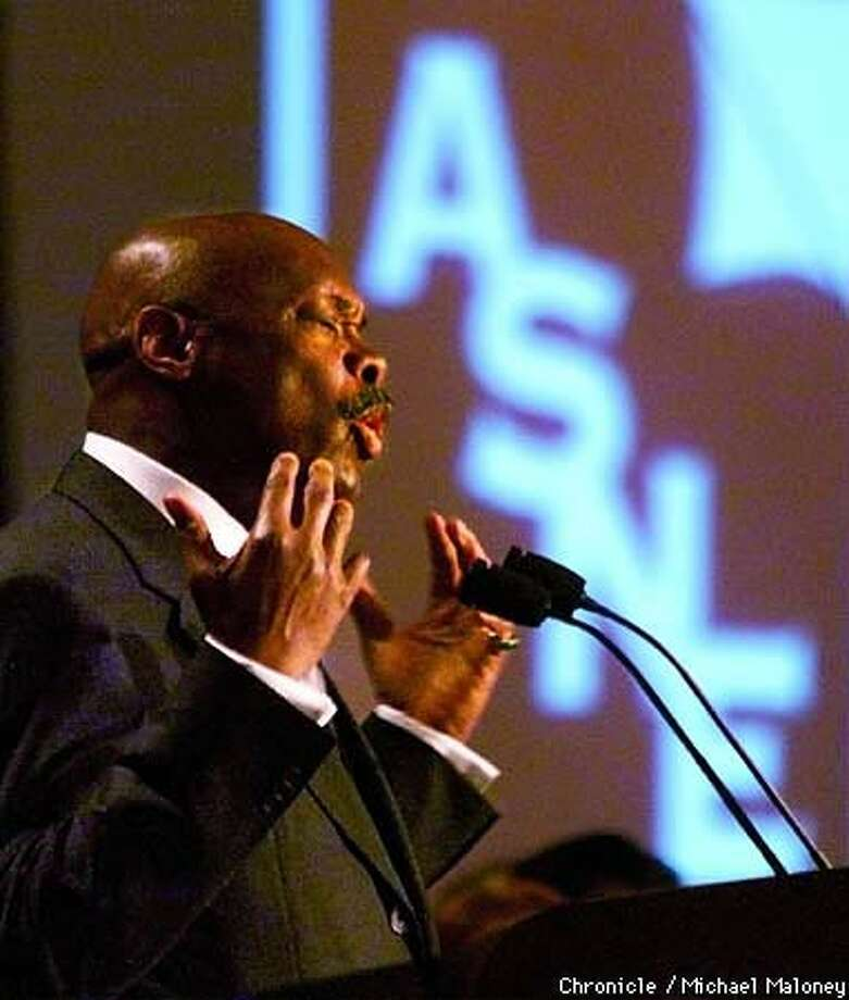 S.F. Mayor Willie Brown dressed down the nation's newspaper editors at their Fairmont Hotel gathering. Chronicle Photo by Michael Maloney