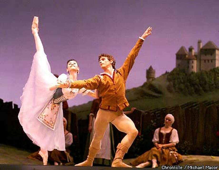 Lucia Lacarra as Giselle and Yuri Possokhov as Albrecht in San Francisco Ballet's 'Giselle.' Chronicle Photo by Michael Macor