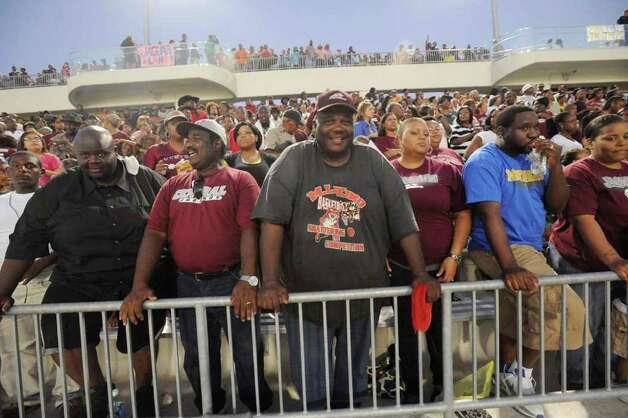 Parents and fans of Central football players watch the action during the Jaguars' game Sept. 20 against Livingston at the BISD Thomas Center. Photo: Valentino Mauricio