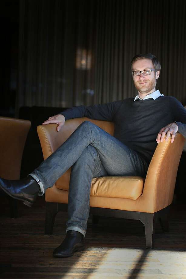 On his last stop of his Hello Ladies tour, Comedian Stephen Merchant sits in the Lido Lounge at the Hotel Vitale on Wednesday January 25, 2012 in San Francisco, Calif. Photo: Mike Kepka, The Chronicle