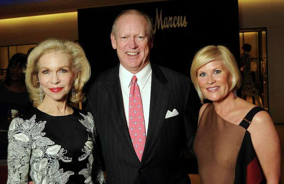Honorary chair Lynn Wyatt, from left, Chronicle chairman Jack Sweeney and chair Kelli Blanton at the Houston Chronicle's Best Dressed announcement party at Neiman Marcus. Photo: Dave Rossman / © 2012 Dave Rossman