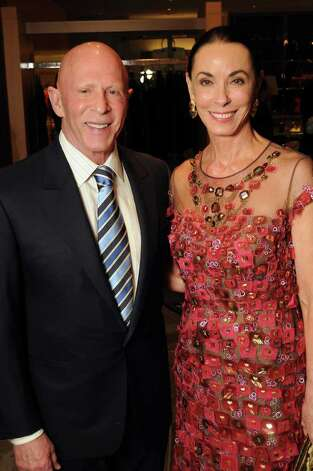 Honoree Sue Smith (in Oscar de la Renta) and her husband Lester Photo: Dave Rossman / © 2012 Dave Rossman