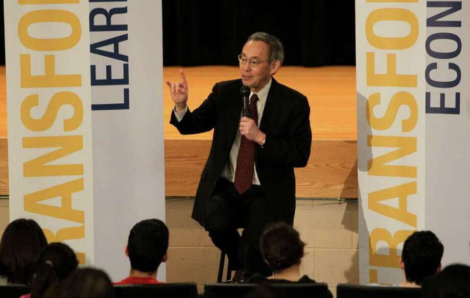 Secretary of Energy Steven Chu, who appeared Thursday at a branch of Houston Community College, said it's important that the United States be at the forefront of innovations and technologies in renewable energy. Photo: Melissa Phillip / © 2011 Houston Chronicle