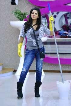 81. Actress Sunny Leone