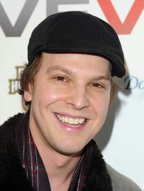 FILE - In this Dec. 8, 2009 file photo, singer Gavin DeGraw attends the launch party for Vevo, a premium music video and entertainment experience, created by Universal Music Group, Sony Music Entertainment and YouTube, in New York. (AP Photo/Peter Kramer, File) Photo: Peter Kramer / AP2009