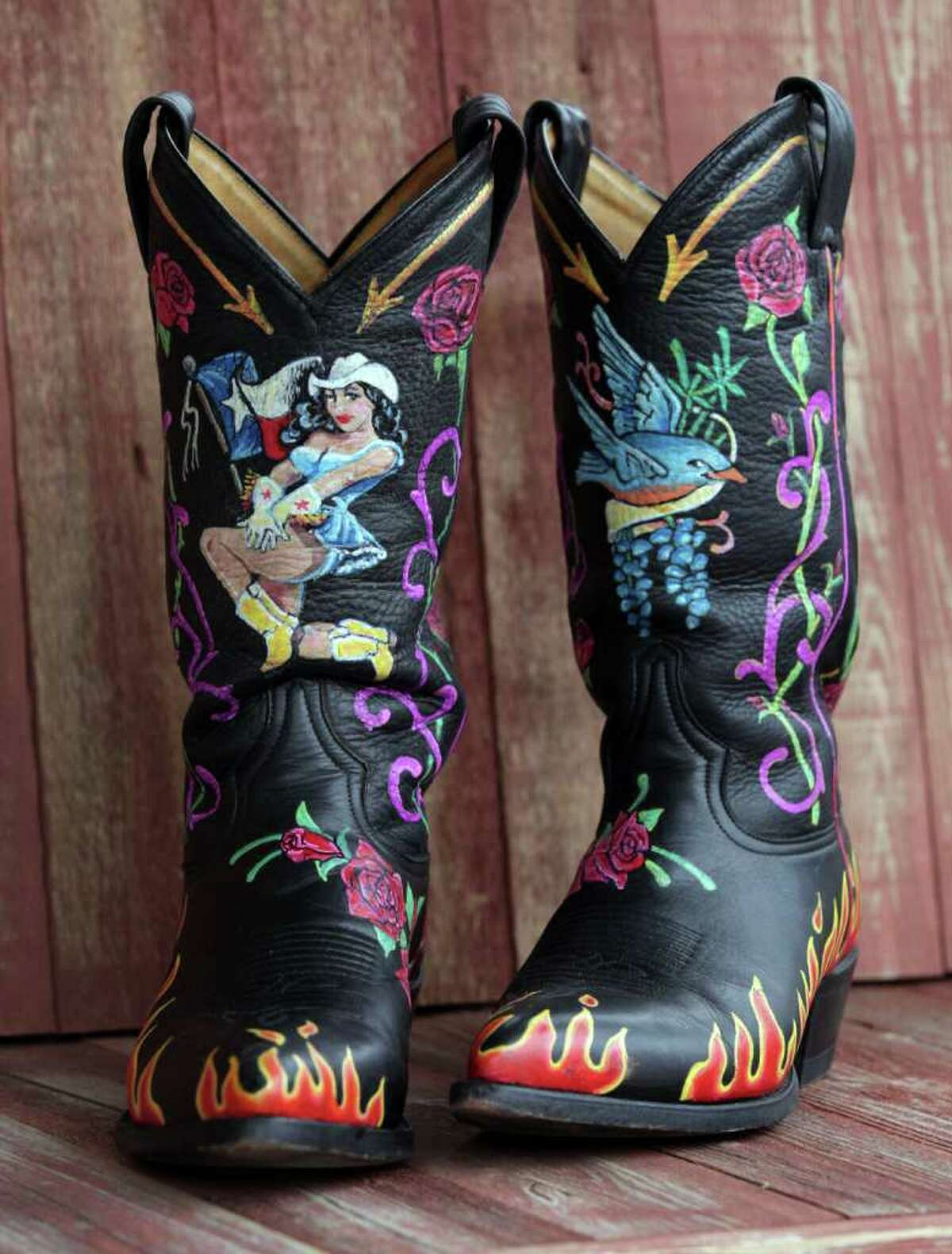 A closer look at Kathleen Kridler's hand painted cowboy boots.