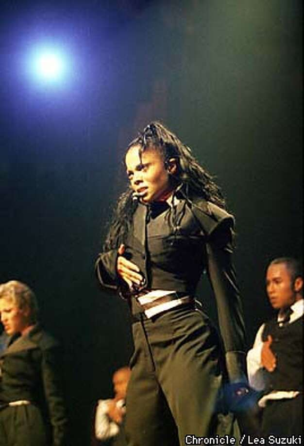 "Janet Jackson, who is mounting a summer tour after release of her ""Velvet Rope"" CD, performed at the New Arena in Oakland (Oakland Coliseum Stadium) on Thursday night. PHoto by Lea Suzuki Photo: LEA SUZUKI"