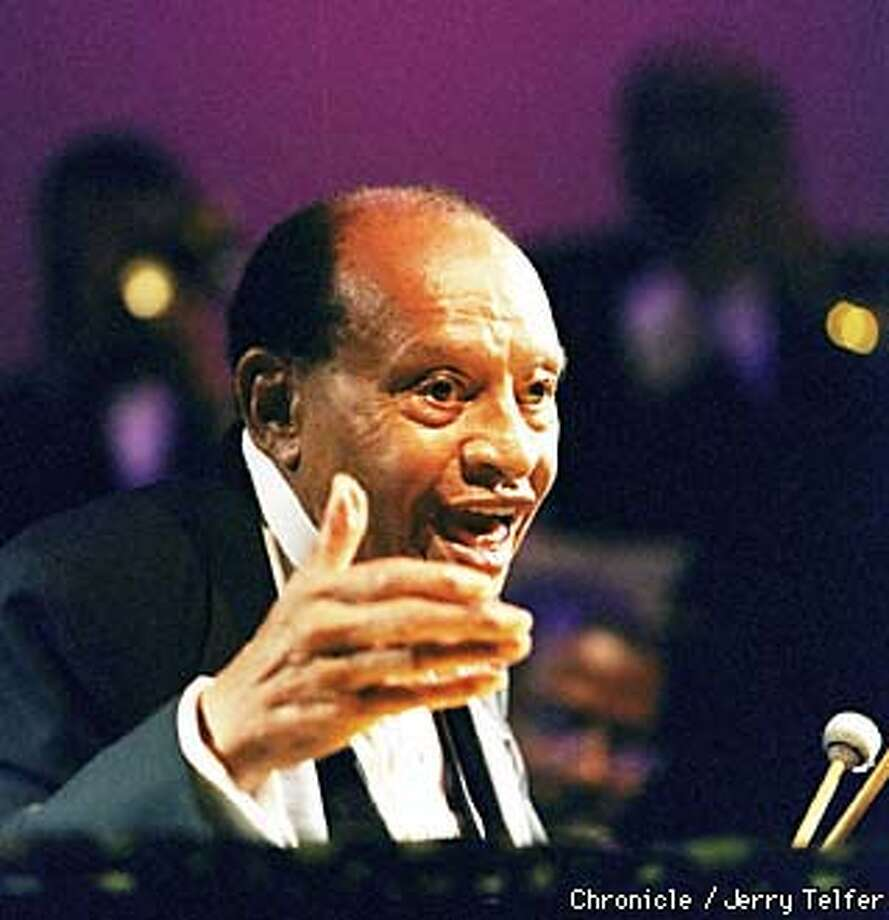 Legendary vibraphonist Lionel Hampton takes applause as he performs at Kimball's East in Emeryville, CA. Hampton is now 90 years old.  BY JERRY TELFER/THE CHRONICLE Photo: JERRY TELFER
