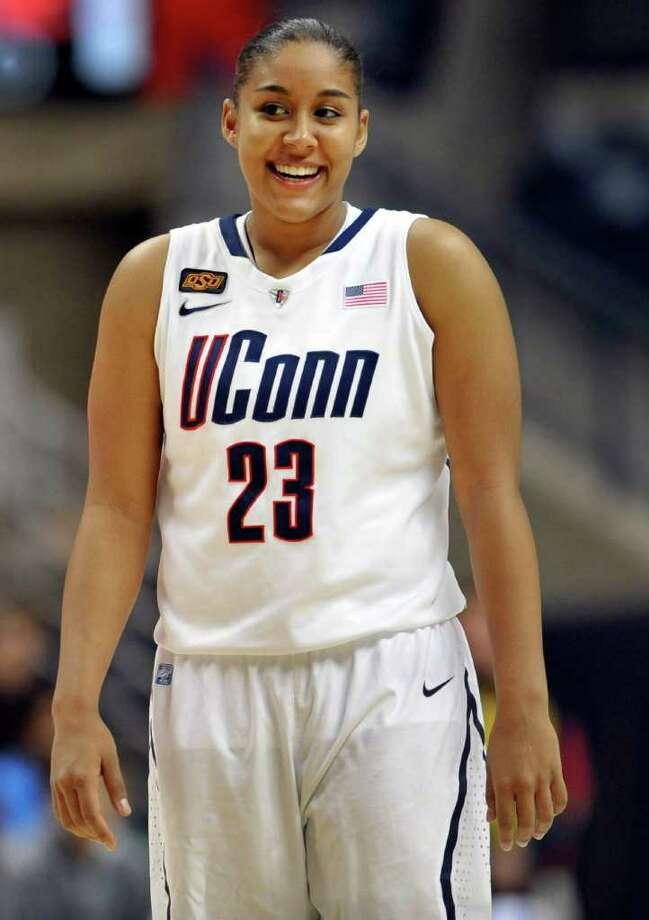 Kaleena Mosqueda-Lewis Photo: Jessica Hill, Associated Press / AP2011