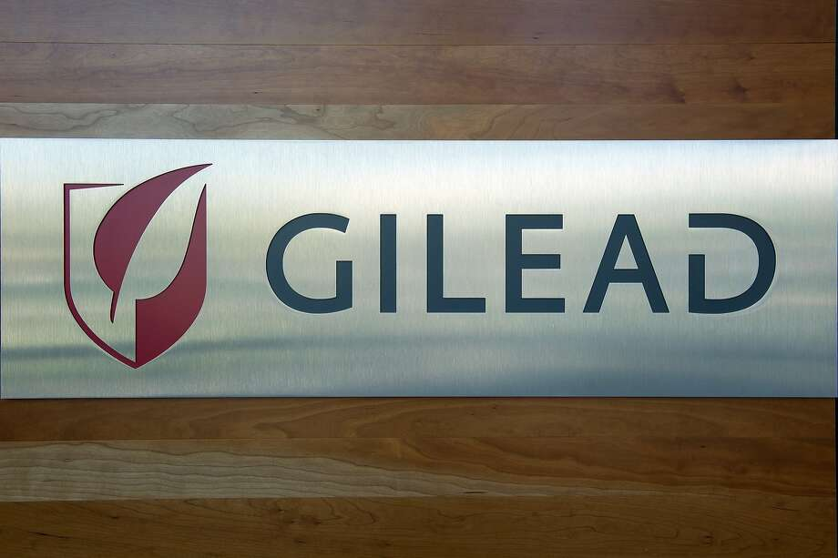Gilead Sciences Inc. signage is seen at the Gilead laboratory in Foster City, California, U.S., on Wednesday, August 10, 2011. Gilead Sciences Inc., the world's biggest maker of AIDS drugs, is re-entering the market for cancer medicines a decade after selling its oncology unit. Photographer: David Paul Morris/Bloomberg   EMBARGOED UNTIL 00:01  8/16 FOR STORY BY RYAN FLINN Photo: David Paul Morris, Bloomberg