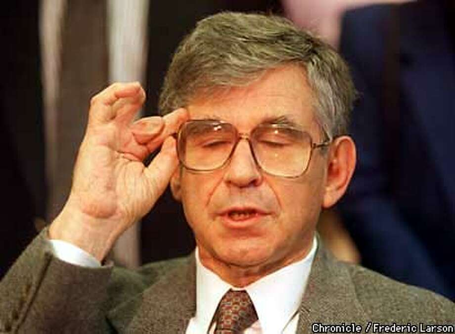 UNIBOMBER1/C/23JAN98/MN/FRL: Charles J. Epstein MD who lost the tips of his fingers in a bomb sent to his home in Tiburon by Theodore Kaczynski, addresses the press at UCSF about his feelings about being a victim of the Unibomber. Chronicle photo by Frederic Larson.