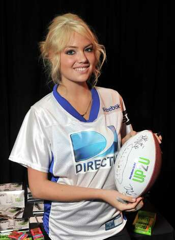 INDIANAPOLIS, IN - FEBRUARY 04:  Model Kate Upton poses with UP2U Gum at DIRECTV Celebrity Beach Bowl 2012 at Victory Field on February 4, 2012 in Indianapolis, Indiana. Photo: Stephen Lovekin, Getty Images For UP2U Gum / 2012 Getty Images