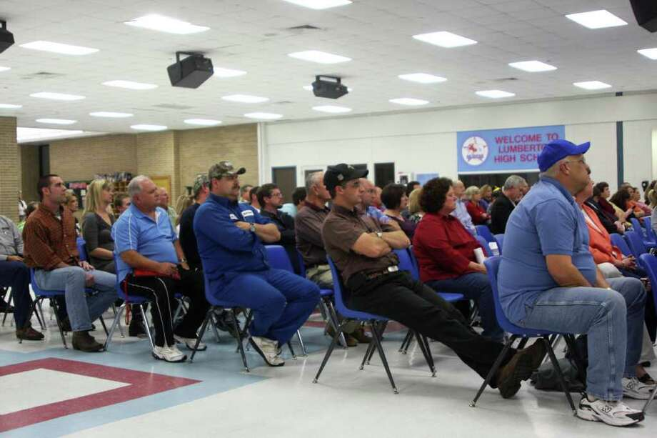Around 100 Lumberton parents and teachers met Thursday night to hear district plans for campus renovations and upgrades. Photo: David Lisenby, HCN_Renovations