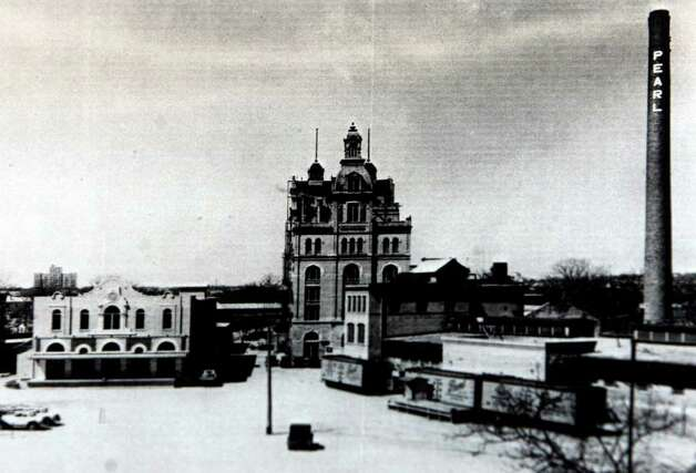 The Pearl Brewery is seen in this undated photo provided by the Institute of Texan Cultures. Photo: JOHN DAVENPORT