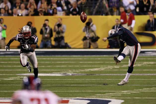 INDIANAPOLIS, IN - FEBRUARY 05:  Stephen Gostkowski #3 of the New England Patriots kicks off to start the game against the New York Giants in Super Bowl XLVI at Lucas Oil Stadium on February 5, 2012 in Indianapolis, Indiana. Photo: Win McNamee, Getty Images / 2012 Getty Images