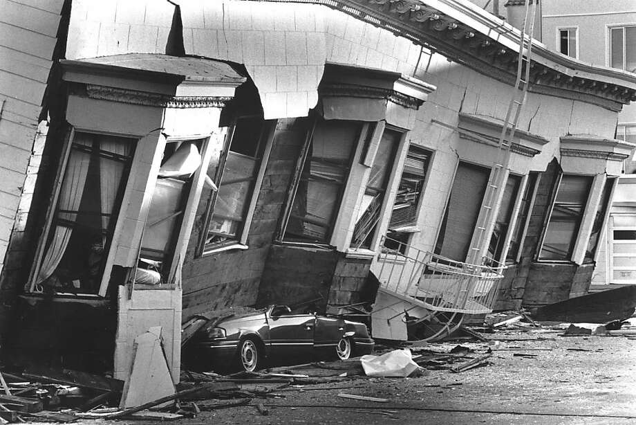 The Loma Prieta earthquake hit the Marina District of San Francisco crushing cars and killing dozens of people. Photo: Vince Maggiora, The Chronicle