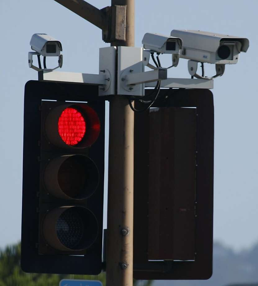 Red-light cameras Photo: Paul Chinn, The Chronicle