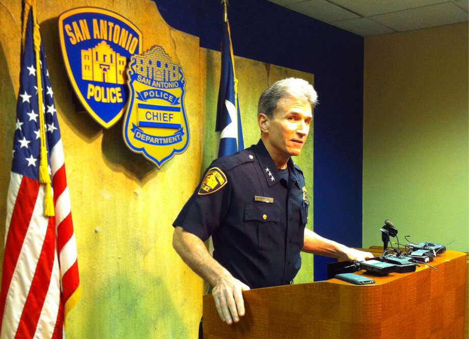 A San Antonio police sergeant and six other members of the force are  under investigation after the sergeant crashed a patrol car into a  highway wall early Thursday and the others tried to cover up the  incident, Police Chief William McManus said at a news conference Monday. Photo: Jessica Kwong/Express-News