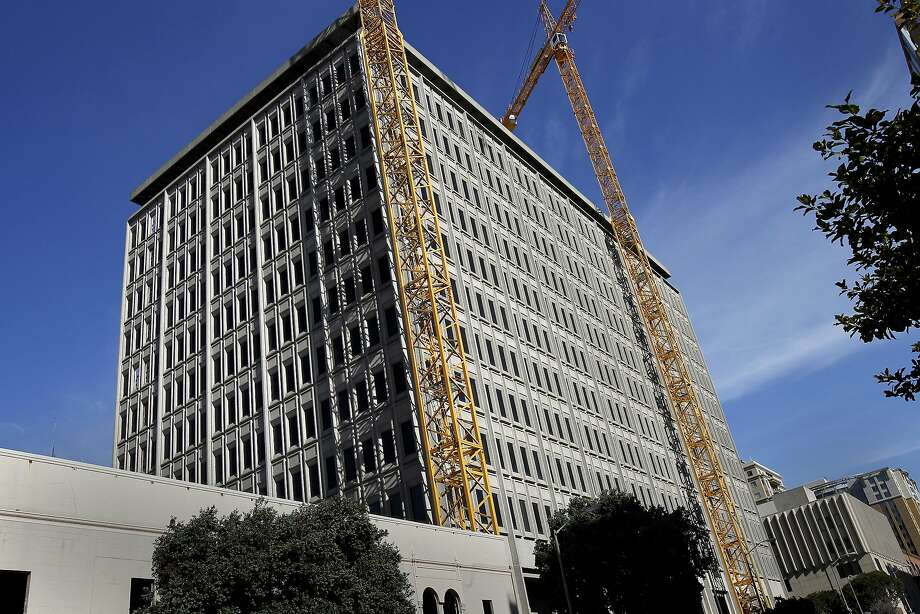 RiverBed Technology has signed a big new leasing deal with the building at 680 Folsom Street in San Francisco, Calif. which is currently undergoing renovation. Photo: Brant Ward, The Chronicle