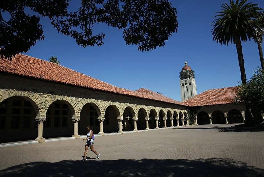 Many students get a break from Stanford's high costs; about half the undergraduates receive financial aid. Photo: Sarah Rice, Special To The Chronicle