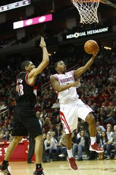 Jan. 14: Rockets 107, Trail Blazers 105 (OT) Guard Kyle Lowry (7) scored 33