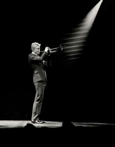Jazz trumpeter Chris Botti in Tom Ford suit. / handout