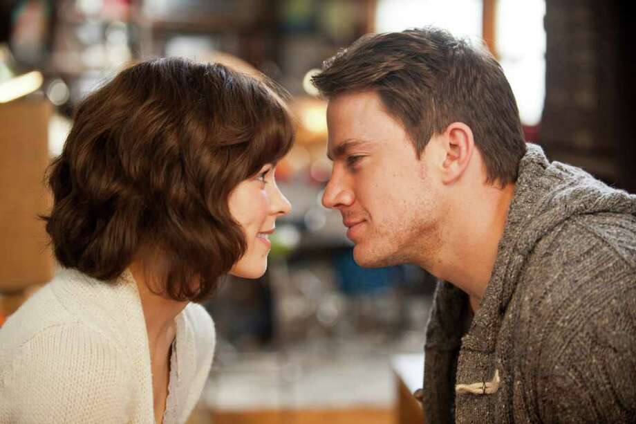Rachel McAdams and Channing Tatum star in Screen Gems' THE VOW. (Kerry Hayes/Screen Gems) Photo: Kerry Hayes/ SMPSP / © 2010 Vow Productions, LLC.  All rights reserved.