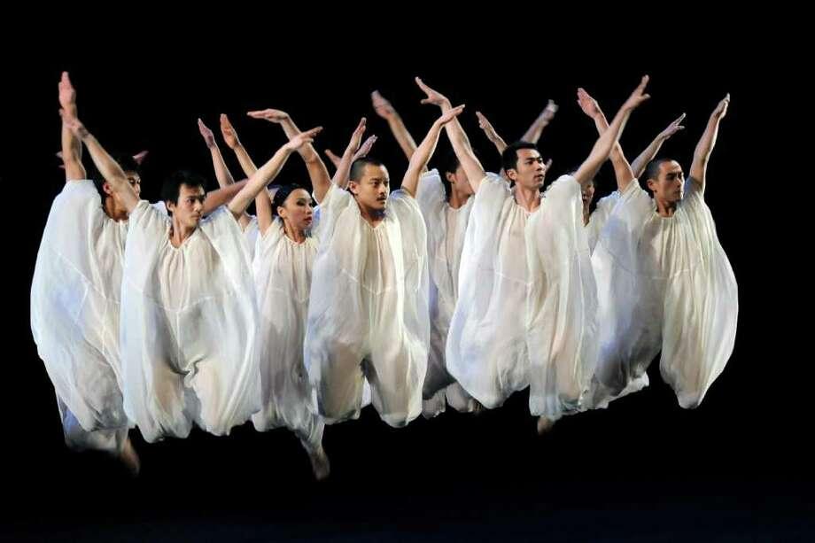 Jin Xing Dance Shanghai Tango