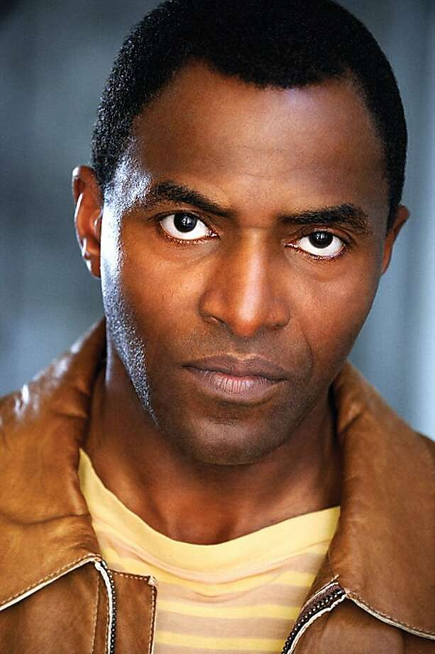 Carl Lumbly salary