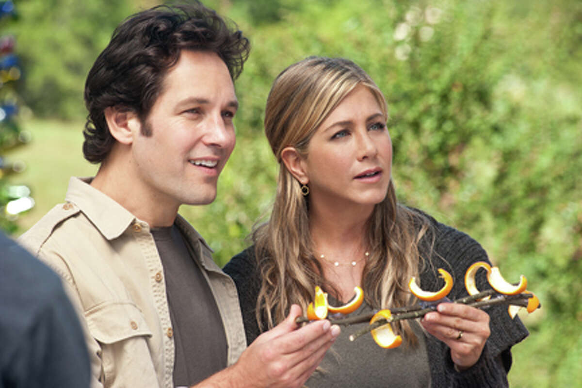 Paul Rudd as George and Jennifer Aniston as Linda in
