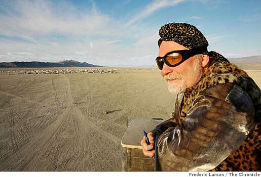 Joe Gerber of Sacramento overlooks the open playa during the early days of Burning Man at Black Rock Nev., on August 26, 2008. Photo: Frederic Larson, The Chronicle