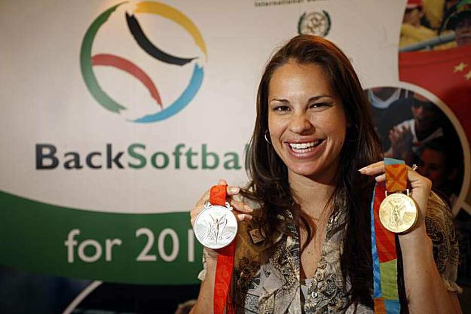** ADVANCE FOR WEEKEND EDITIONS, JUNE 13-14 -- FILE -- ** This March 25, 2009 file photo shows Olympic softball medalist Jessica Mendoza smiling during the 2009 SportAccord gathering in Denver. Mendoza will be among the athletes joining International Softball Federation president Don Porter making a presentation to the International Olympic Committee in a bid to get softball back onto the Olympic program in 2016. (AP Photo/Jack Dempsey, file) Photo: Jack Dempsey, AP