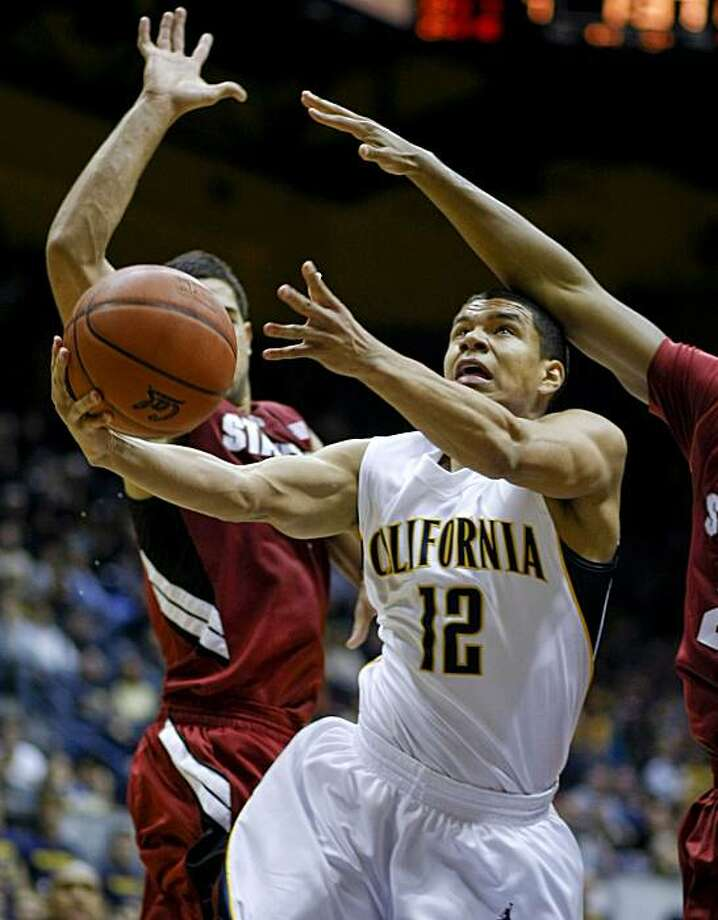 Cal's Brandon Smith drives to the hoop against Stanford on Saturday. Photo: Michael Macor, The Chronicle