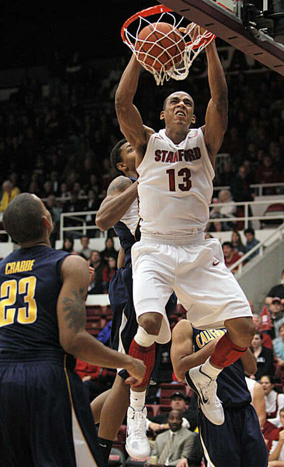 Stanford's Josh Owens dunks the ball late in the second half against Cal at Maples Pavilion on Sunday. Photo: Carlos Avila Gonzalez, The Chronicle
