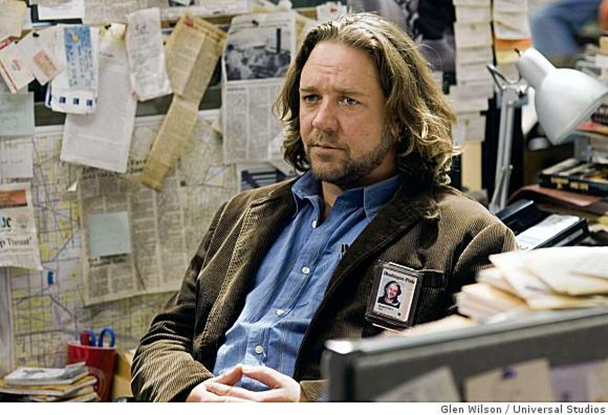 """Russell Crowe as reporter Cal McAffrey in a blistering political thriller about a rising congressman and an investigative journalist embroiled in a case of seemingly unrelated, brutal murders in """"State of Play""""."""