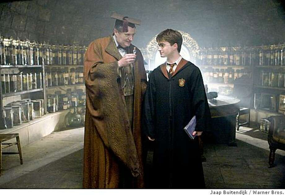 """Jim Broadbent and Daniel Radcliffe in """"Harry Potter and the Half-Blood Prince."""" (L-r) JIM BROADBENT as Professor Horace Slughorn and DANIEL RADCLIFFE as Harry Potter in Warner Bros. Pictures' fantasy adventure """"Harry Potter and the Half-Blood Prince.""""  PHOTOGRAPHS TO BE USED SOLELY FOR ADVERTISING, PROMOTION, PUBLICITY OR REVIEWS OF THIS SPECIFIC MOTION PICTURE AND TO REMAIN THE PROPERTY OF THE STUDIO. NOT FOR SALE OR REDISTRIBUTION Photo: Jaap Buitendijk, Warner Bros."""