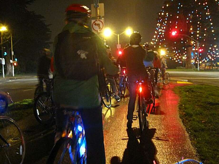 More than 100 cyclists are expected to participate in the annual Christmas Lights Ride. Photo: Meli Burgueño