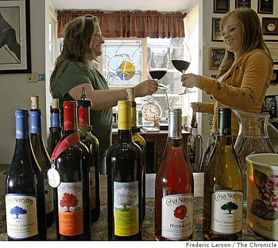 Stephanie Zacharia (left) and Delina Dysart toast to the wine served at the Casa Nuestra vineyard in St. Helena, Calif., Napa Valley on March 26, 2009. Photo: Frederic Larson, The Chronicle
