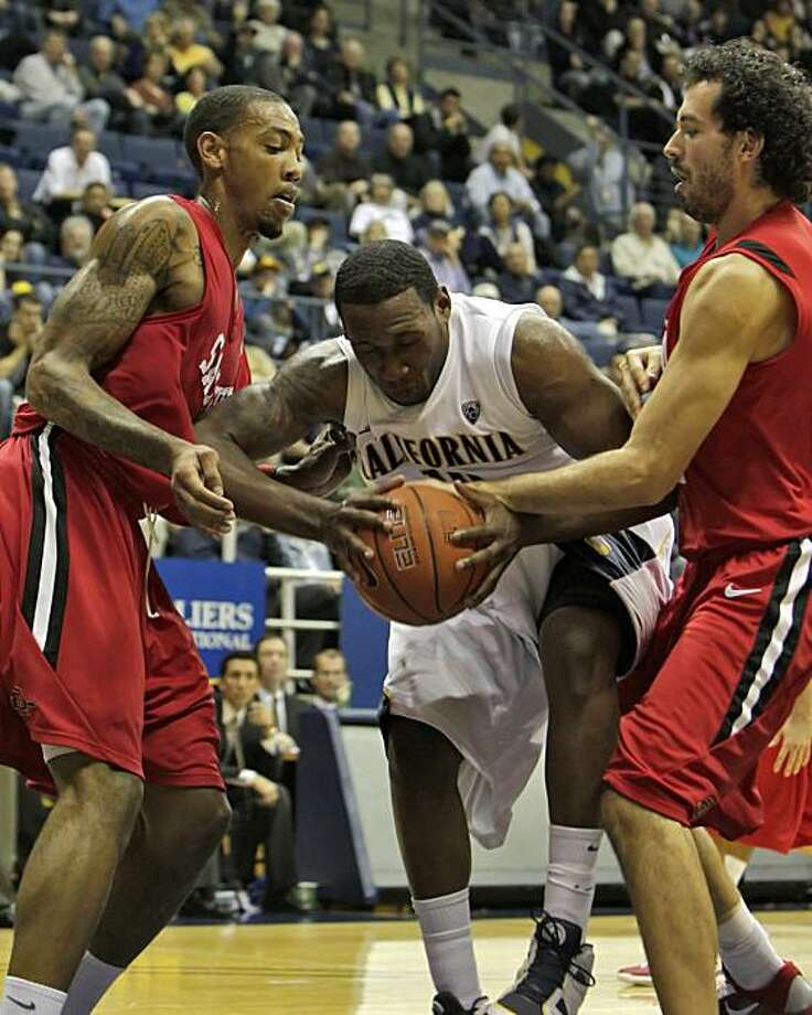 California Golden Bears Markhuri Sanders-Frison breaks through the San Diego State Aztecs towards the basket, Wednesday Dec. 8, 2010, in Berkeley, Calif. Photo: Lacy Atkins, The Chronicle