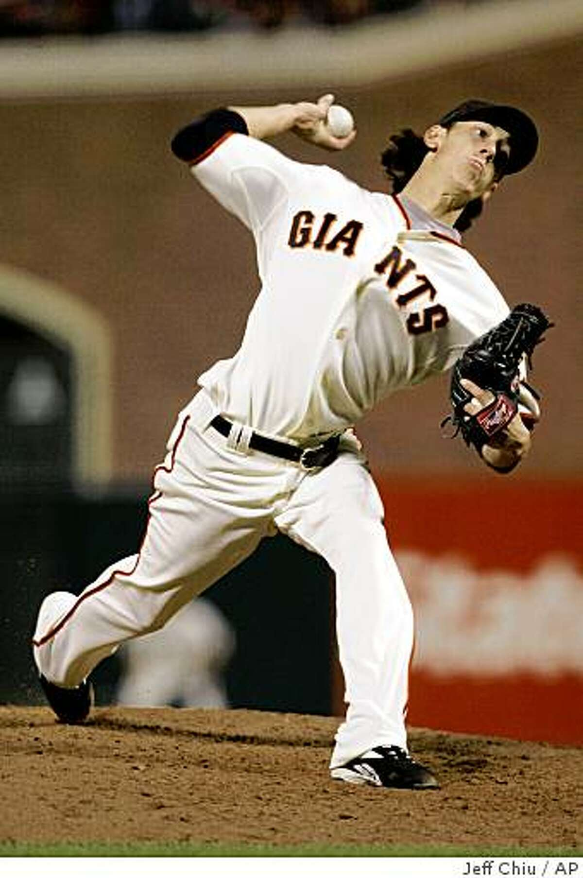 San Francisco Giants' Tim Lincecum pitches to the Los Angeles Dodgers in the fifth inning of a baseball game in San Francisco, Wednesday, April 29, 2009. (AP Photo/Jeff Chiu)