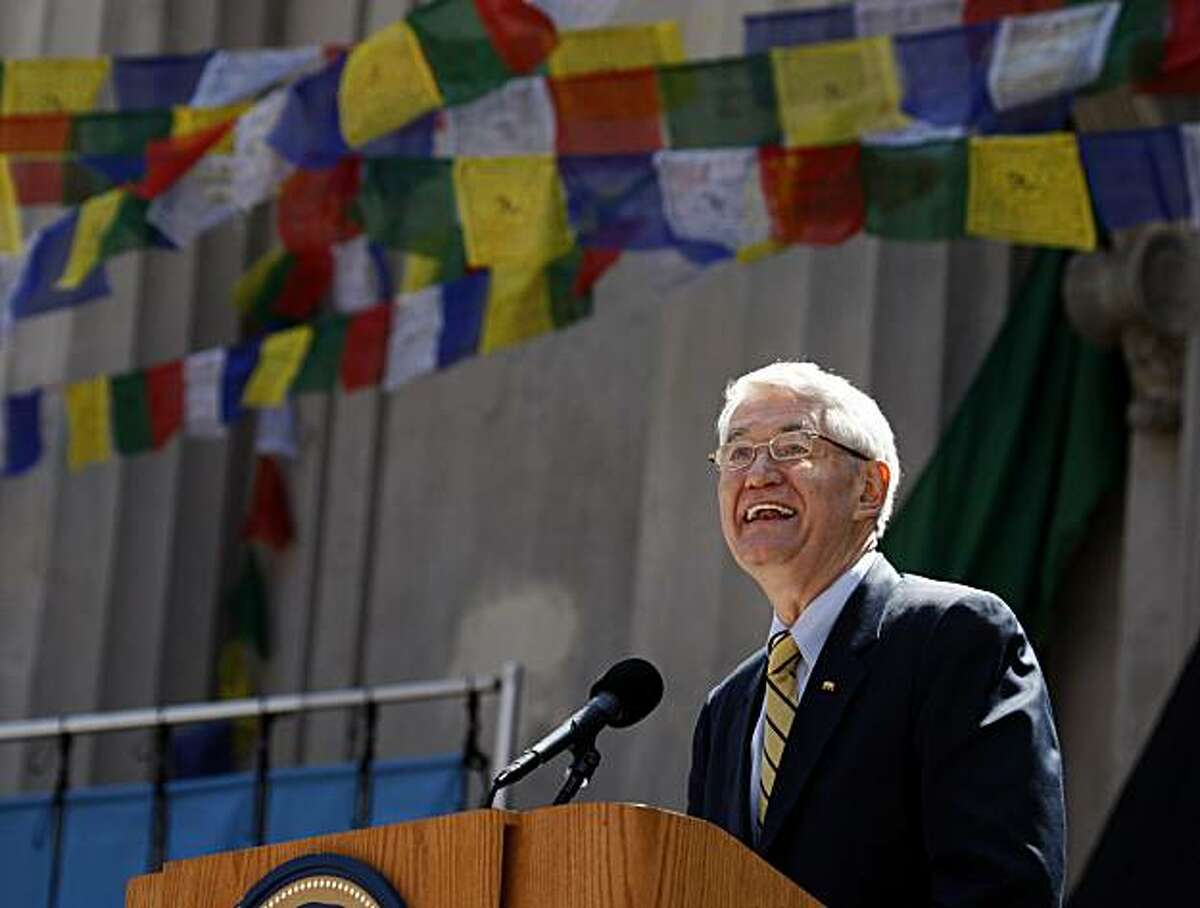 UC Berkeley Chancellor Robert Birgeneau makes opening remarks before the Dalai Lama speaks to a sold out crowd about