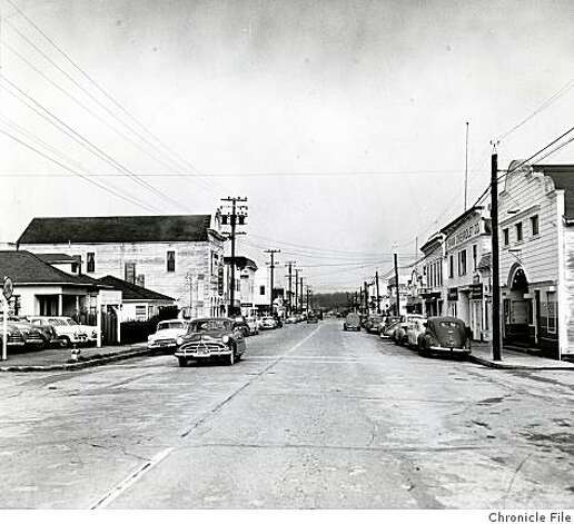 Half Moon Bay in San Mateo County, circa 1951. Photo: Chronicle File