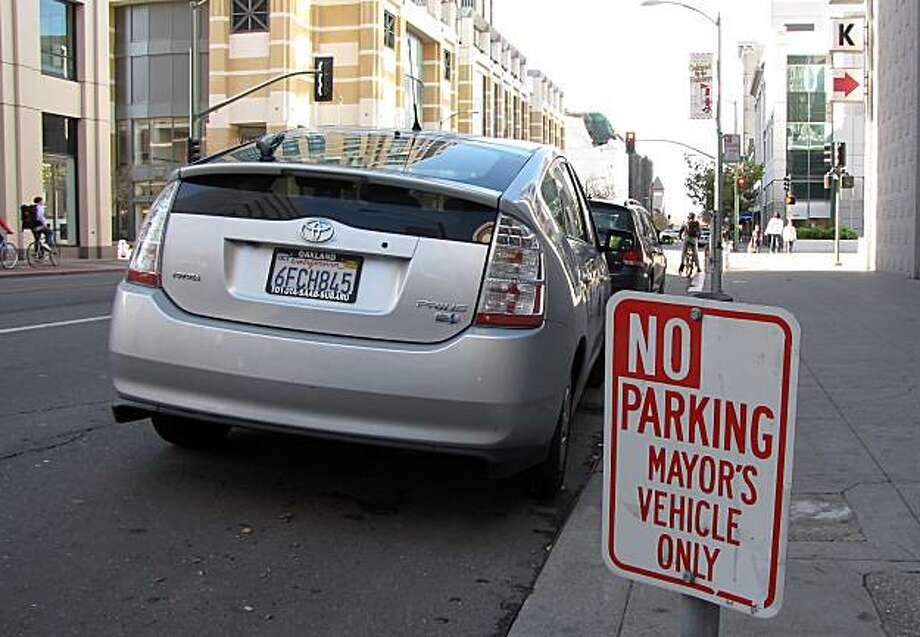 Jean Quan's Prius parked near Oakland City Hall in Oakland, Calif., on Tuesday, November 23, 2010. Photo: Andy Ross, The Chronicle