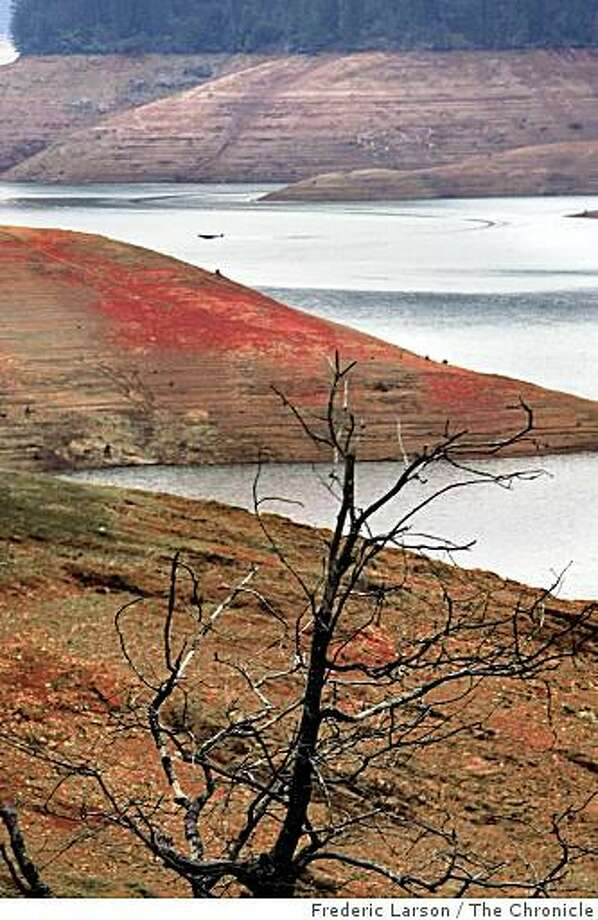 Lake Shasta in California seems to running on empty as drought fears are evident by the low water line seen early this month on February 8, 2009. Photo: Frederic Larson, The Chronicle