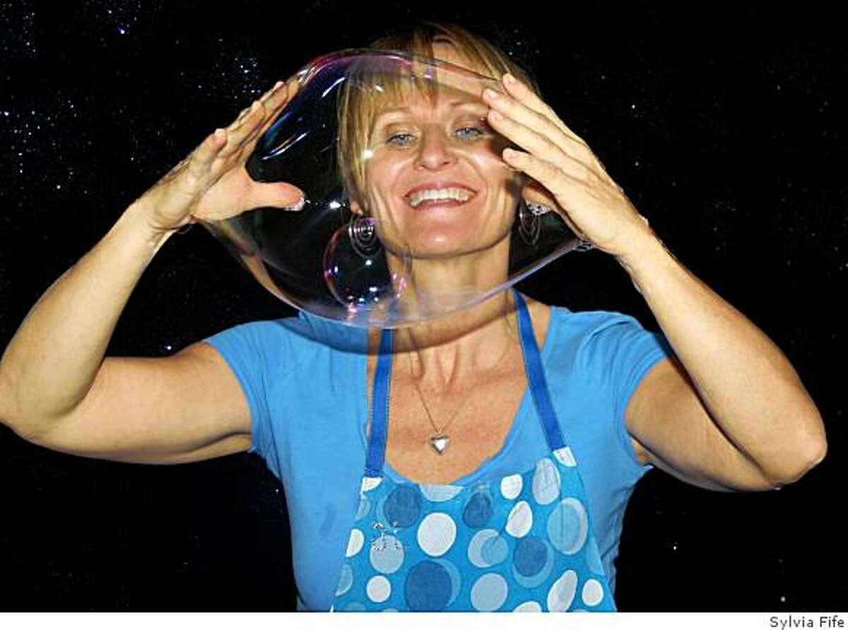 Rebecca Nile, A.K.A. the Bubble Lady