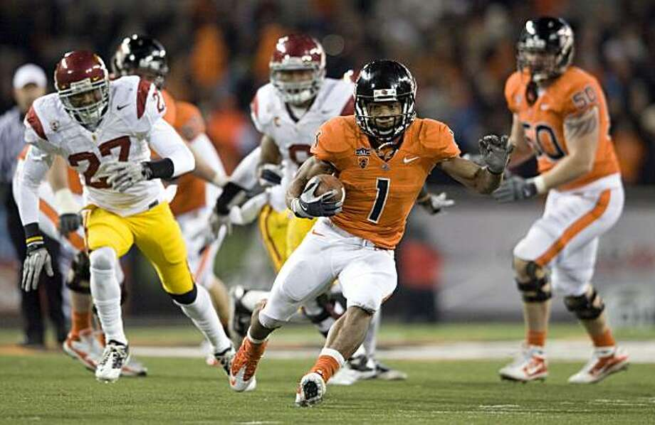 Oregon State Beavers running back Jacquizz Rodgers (1) breaks into the open as USC Trojans safety Marshall Jones (27) give chase in the fourth quarter of the game on Saturday Nov 20, 2010, in Corvallis, Ore.  Oregon State won the game 36-7. Photo: Steve Dykes, AP