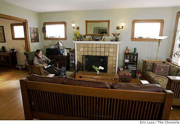 Annie Leonard's living room  at her home in  Berkeley photographed on Friday, March 20, 2009. Photo: Eric Luse, The Chronicle